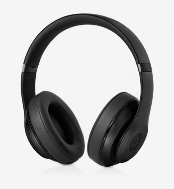 over-ear-headphones-01